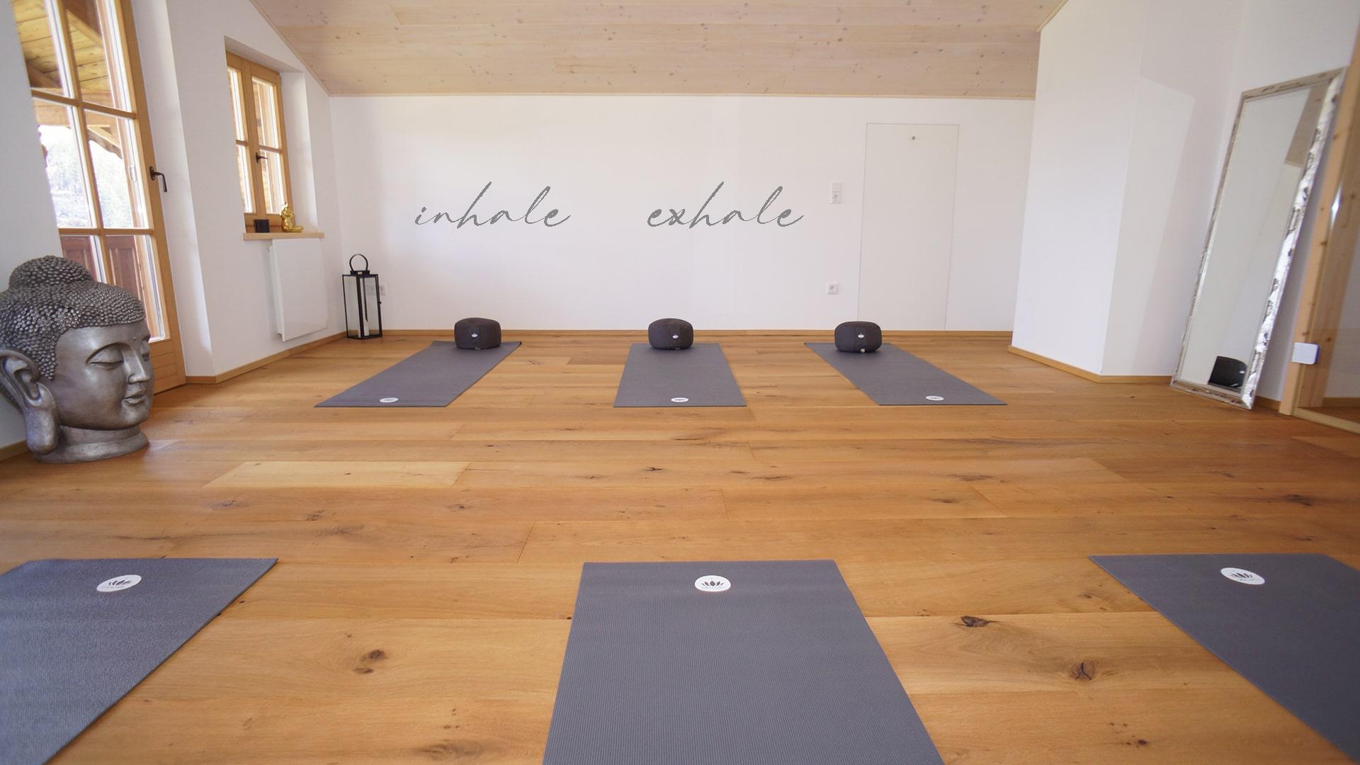 Yogaraum inhale_exhale-min